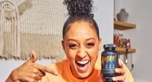 Tia Mowry returns to Success Made to Last